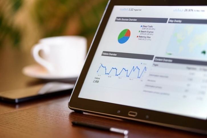 4 REASONS WHY RECRUITERS SHOULD USE AN APPLICANT TRACKING SYSTEM